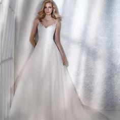 50715ab1 Brudekjole White One Femme hos Sans for Bryllup