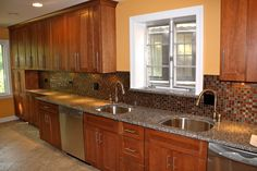New kitchen with double sink Kitchen Remodeling, New Kitchen, Sink, Kitchen Cabinets, Home Decor, Kitchen Cupboards, Homemade Home Decor, Vessel Sink, Sink Tops