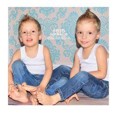 Twins photography  fotografia studyjna dziecięca Zielona Góra Foto Inspiracja www.foto-inspiracja.pl fot.Aleksandra Krystians