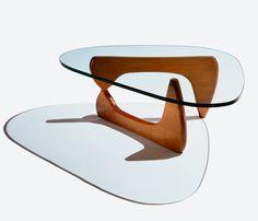 Mesa Noguchi de Centro (Madeira) | Essência Móveis de Design