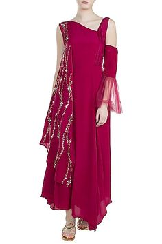 Featuring a pink asymmetrical dress in crepe base with stone and sequins embroidery on the drape shoulder. FIT: Fitted at bust. CARE: Dry clean only. Stylish Dresses For Girls, Stylish Dress Designs, Simple Dresses, Casual Dresses, Fashion Dresses, Indian Designer Outfits, Indian Outfits, Designer Dresses, Pakistani Formal Dresses