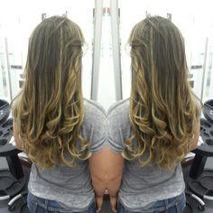 #hair #cabello #sunkissed #besosDeSol #blondor #wella #color #cut #corte #layers #long #capas #largas #hairdresser #hairstylist #estilista #peluquero #Panama #pty #pty507 #picoftheday #mirrorphoto #multiplaza #axel04 #modernsalon