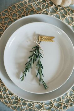 DIY // ROSEMARY SPRIG PLACE CARDS