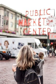 Best Shops at Pike Place Market in Seattle, Washington Visiting Pike Place Market in Seattle, Washington? One of the oldest operating farmers markets, PPM is where it's at! Here's the best shops at Pike Place Market. Adventure Awaits, Presets Lightroom, Reisen In Die Usa, Cabo San Lucas, Seattle Travel, Seattle Vacation, Visiting Seattle, Seattle Usa, Seattle City