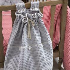 speelgoed opbergzak box - Google zoeken Pattern, Diy Baby, Handmade, Google, Fashion, Craft Work, Moda, Hand Made, Fashion Styles