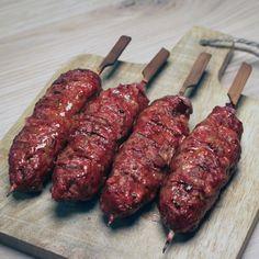 Kebab Recipes, Lamb Recipes, Indian Food Recipes, Bbq Meat, Bbq Grill, Cobb Bbq, Kamado Bbq, Bbq Skewers, Kebabs