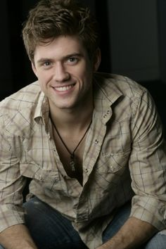 Aaron Tveit played Enjolras in the new Les Miserables movie. Aaron Tveit, Beautiful Men, Beautiful People, Gorgeous Guys, Hello Beautiful, Amazing People, Beautiful Things, Raining Men, Attractive People