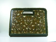 Vintage Mexican Leather Purse- Etsy. LOVE this