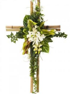 Resultado de imagen de flower arrangement for funeral Arrangements Funéraires, Funeral Floral Arrangements, Easter Flower Arrangements, Altar Flowers, Church Flowers, Funeral Flowers, Deco Floral, Arte Floral, Floral Design