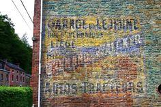Chenard et Walker (Sur la N633 a Poulseur  (Comblain-au-Pont -Belgique)