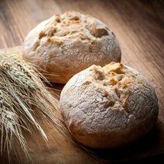 Baking bread our best recipes Pan Bread, Bread Baking, Bread Recipes, Baking Recipes, Chicken Recipes, All U Can Eat, Olive Oil Bread, German Bread, Baked Rolls