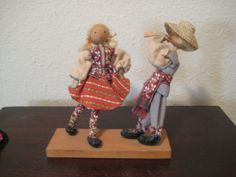 Vintage Lithuanian Traditional Folk Dance Dolls 1979