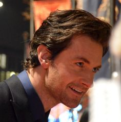 One of my all time favorite photos of Richard Armitage. His eyes, the soft smile. the lighting...his hair,,,the clothes...everything.