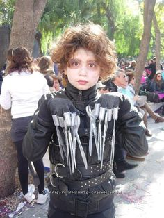 Cool Edward Scissorhands Costume... Coolest Halloween Costume Contest