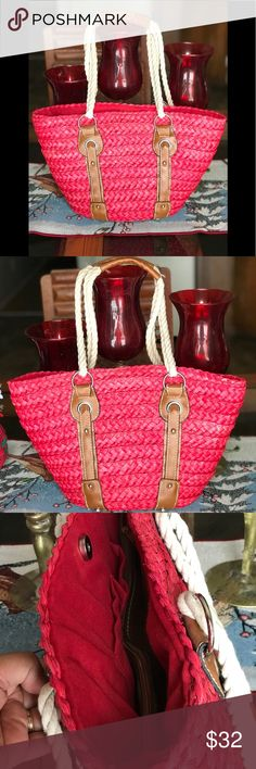 Filipino native abaca bag Eco earth friendly handbag woven by using very strong natural materials..The  design of the bags is so cool.. Nice colors Adding a fashion statement to your clothes whether it is summer or not. Bags