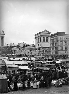 The Market In Senate Square. Old Pictures, Old Photos, History Of Finland, City Museum, The Old Days, Historical Pictures, Before Us, Old City, Helsinki