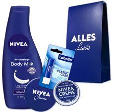 """NIVEA Klassik-Set mit Body Milk, NIVEA Creme, Labello Classic Care, NIVEA Creme Retro Mini, in der """"Alles Liebe"""" Geschenktüte: http://shop.nivea.de/nivea-klassik-set.html #Geschenk #NIVEA #Weihnachten #Bag #Labello"""