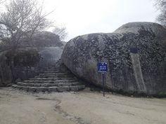 Ruta con destino de la Silla de Felipe II, a la que se puede llegar ...