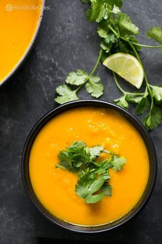 Roasted Kabocha Squash Soup ~ Roasted kabocha squash soup, thick and creamy, with ginger, cumin, and coriander. Kabocha Squash Soup Recipe, Soup Recipes, Vegan Recipes, Cooking Recipes, Vegan Soup, Vegetarian, Brunch, Soup And Salad, Vegan