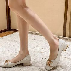 2021 Summer New Women's Pumps Fashion Round Top Low-heeled Leather Single Shoes Comfortable Women Party Casual Women's Shoes Pump Types, Round Top, Ladies Party, Toe Shape, New Woman, Women's Pumps, Chunky Heels, Low Heels, Comfortable Shoes