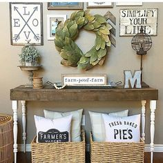 Who says pillows have to live on couches?? Love this entryway! // sovintagechic.com