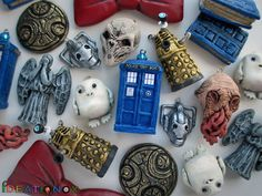 Doctor Who inspired clay charms! MY SISI MELI AND I WOULD HAVE A FEAST WITH THESE...