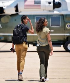 President Barack Obama, Malia Obama, First Lady Michelle Obama, and Sasha Obama arrive at Roswell International Air Center ****