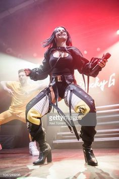 Becky G performs in concert at Razzmatazz during Vodafone Yu Music Shows on October 2018 in Barcelona, Spain. Stage Outfits, Dance Outfits, Cute Outfits, Bts Show, G Photos, Dance Costumes, Baddies, Sexy, Celebs