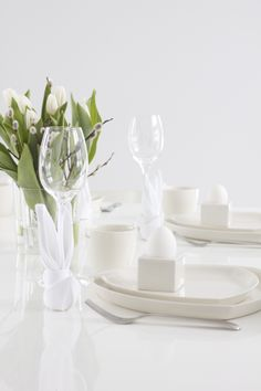 lisbet e.: easter table setting