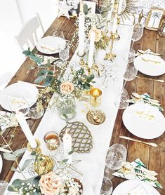 Merry X-Mas 🎄✨ - Kae Sutherland - - Decoration Restaurant, Decoration Table, Table Centerpieces, Diner Party, Bohemian Chic Decor, Claudia S, Floral Theme, Birthday Dinners, Throw A Party