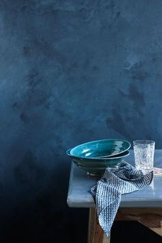 Blue | Blau | Bleu | Azul | Blå | Azul | 蓝色 | Color | Form | Texture | Pat Bates - Petrina Tinslay