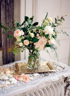 Gold and blush hues: http://www.stylemepretty.com/new-york-weddings/yonkers/2014/04/10/romantic-alder-manor-wedding/ | Photography: Elisabeth Millay - http://www.elisabethmillay.com/