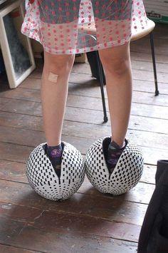 26 Funny Shoe Designs You Never Seen Before (26 Photos) Geek Funny Bizarre Fashion   geek fun