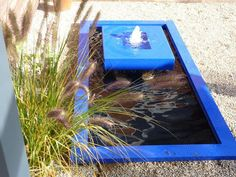 Minimalistischer Brunnen Für Den Garten In Farbe Mit Becken Aus GFK