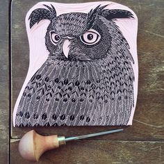 Hand-carved owl stamp and illustration by Viktoria Åström. Steve Mccurry, Man Ray, Business Photo, Brown Paper Wrapping, Graffiti, Illustrator, Irving Penn, Stamp Printing, Animation