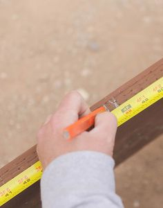 Marking cuts for joists in a deck building project Backyard Patio Designs, Ponds Backyard, Sloped Backyard, Backyard Gazebo, Patio Ideas, Backyard Ideas, Building A Floating Deck, Building A Deck, Building Ideas
