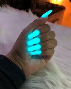 92 perfect fall nail polish colors in 2018 page 41 Summer Acrylic Nails, Best Acrylic Nails, Acrylic Nail Designs, Summer Nails, Colored Acrylic Nails, Sensational Nails, Glow Nails, 3d Nails, Nail Nail