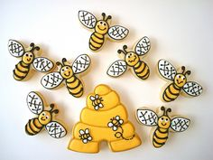 Bees & Hive #cookies  by cookie cutter creations (jennifer), via Flickr
