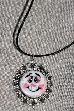 Pandantiv   baza metalica, portelan copt si pictat motive de craciun. Pendant Necklace, Metal, Vintage, Jewelry, Fashion, Moda, Jewlery, Bijoux, Fashion Styles
