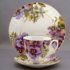 roses-and-teacups.com - Pansy Tea Cup and Saucer Set