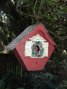 Bird Houses & Yard Art - Robin's Photos
