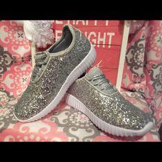 c17b98f176d25 Eur21-30 Children Shoes With Light Led Enfant Sneaker Girls Tenis Sports  Breathable BoysTrainerYezi Light Baby Shoes Kids