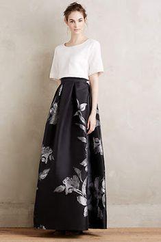 Etched Blooms Ball Skirt with cropped, boxy blouse Ball Skirt, Dress Skirt, Dress Up, Vestido Dress, Modern Filipiniana Dress, Modest Fashion, Fashion Dresses, Mode Kawaii, Formal Wear
