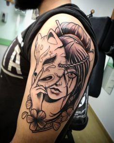 101 Amazing Kitsune Tattoo Designs You Need to See! Oni Tattoo, Manga Tattoo, Forarm Tattoos, Body Art Tattoos, Fox Tattoos, Raven Tattoo, Samoan Tattoo, Polynesian Tattoos, Tattoo Ink