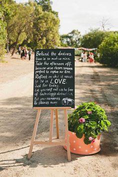 Creative Sign for an Unplugged Wedding Wedding Ideas Board, Wedding Trends, Wedding Tips, Wedding Details, Wedding Planning, Wedding Day, Wedding Photos, Wedding 2015, Purple Wedding