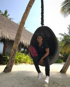 Such a incredible experience for @lindleyzfitness to be part of @ooreethirah island fitness program. 11 Days to go before the end of the program.  #maldives #fitness #wellness #program #befit #healthylifestyle #routine #celebrity #personaltrainer #mauritius #dubai #france #greece #phuket #hawaii #germany #london #worldwide #specialist #sea #beach #traveling #unique #destination http://tipsrazzi.com/ipost/1504896214709016014/?code=BTidyJNj5XO