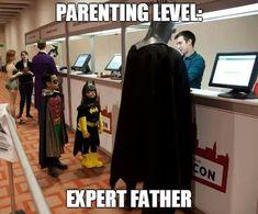 A family who fights crime together stays together - batman,robin and batgirl .the joker and Harley quinn are even there! Superman, Im Batman, Batman Stuff, Batman Robin, Dc Memes, Funny Memes, Hilarious, Gi Joe, Univers Dc
