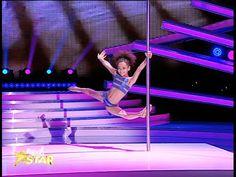 Emily Moskalenko, număr spectaculos de acrobație la bară - YouTube