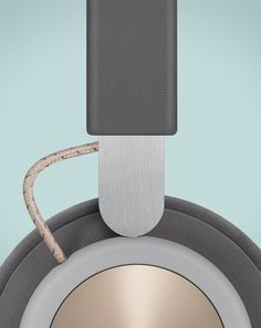 Beoplay H4 / Wireless over-ear headphones from Bang & Olufsen