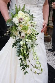Long Cascading Bridal Bouquet - Perfect to compliment your white wedding dress, this cascading bouquet is just lovely!   #Bridal #Wedding #Bouquets #Long #Cascade
